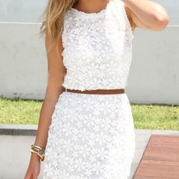 White Floral Hollow-out Bodycon Hip Short Package Crochet Sleeveless Cute Casual Homecoming Lace Summer Dress