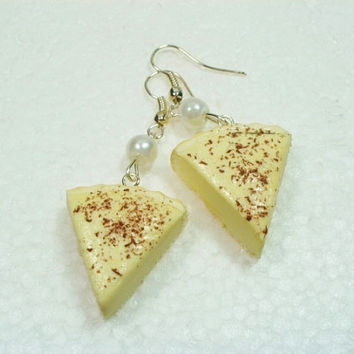 Custard Tart earrings. Polymer clay.