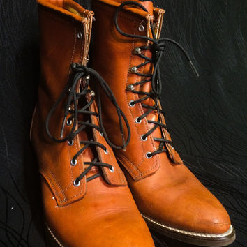 LAREDO Vintage Granny Grunge Boots Size 9 rust brown color lace up bootie leather USA made