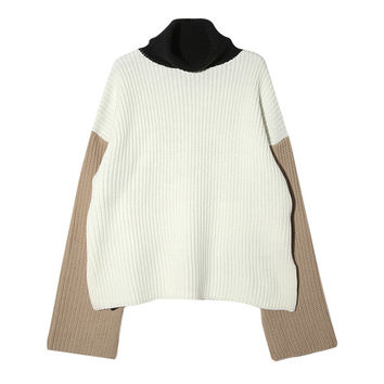 Color-Blocked Extended Sleeve Sweater