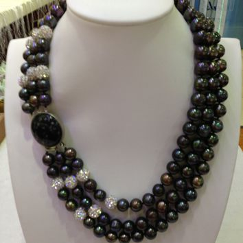 Triple-Strand Black Freshwater Pearls Necklace With Obsidian Cabochon And Crystals