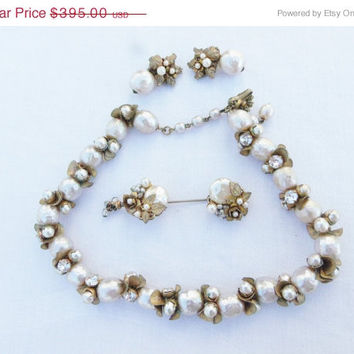 30%OFF March Madness SALE Miriam Haskell Demi Parure Vintage Necklace Earrings and Stick Pin Set Baroque Pearl Hollywood Regency Set in Russ