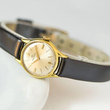 Retro women watch MOVADO, gold plated watch, retro Swiss made watch her, classical lady's watch, mechanical watch, premium leather strap new