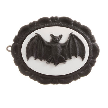 Creature of the Night Bat Barrette in Black