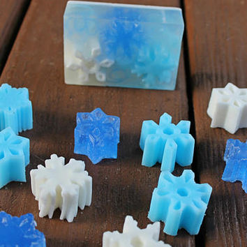 Snowflake Soap - Christmas Soap - Holiday Gift Soap - Stocking Stuffer Gift - Winter Wedding Favors- Winter Wonderland Favors - Decor