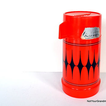 Vintage 1970s Aladdin Vanguard Half Pint Insulated Thermos Bottle with Lid Cup