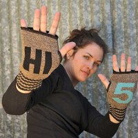 Hi 5 Handwarmers - Whimsical & Unique Gift Ideas for the Coolest Gift Givers
