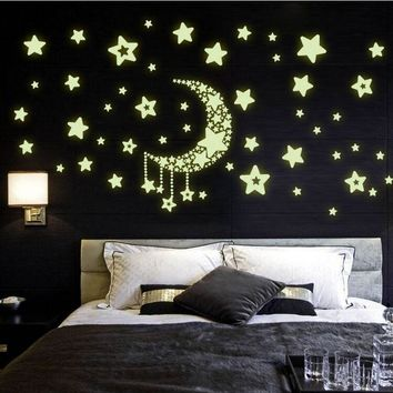 Moon Star Fluorescence Noctilucent Night Glow in Dark Luminous Vinyl Removable Nursery Kids Child Bedroom Wall Stickers Decal