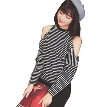 Women Kawaii T-shirt Batwing Sleeve O-Neck Striped Casual Harajuku Loose Tops Tees ulzzang Female Clothing HT101