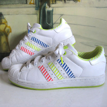 Vintage 1980s ADIDAS Sneakers White Neon Hip Hop Rap Shell Toe Trainers Womens 8US