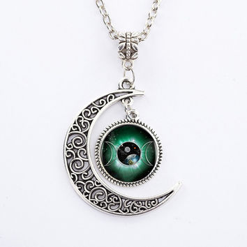 Green Triple Moon Goddess Pendant Pentacle Planet Necklace Wiccan Jewelry Glass Dome Silver Chain Hollow Pattern Necklaces