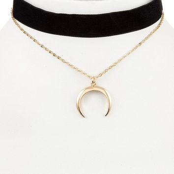 Double Layer Crescent Pendant Velvet Choker Necklace