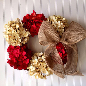 Valentines Day Wreath. wreath for valentines. valentines day. valentine door wreath.