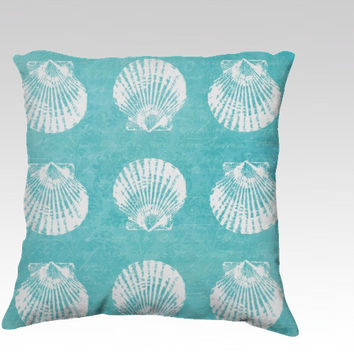 coastal pillow,18x18 or 22x22 velveteen cover, beach pillow,turquoise pillow,nautical,aqua home decor,seahorse,starfish,shell,urchin