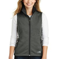 The North Face  Ladies Ridgeline Soft Shell Vest. NF0A3LH1