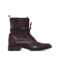 SAMPLE: ROAM COMBAT BOOT