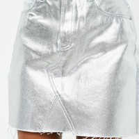 Missguided - Silver Metallic Raw Hem Denim Skirt