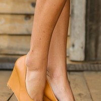 Class In Session Wedge-Cognac