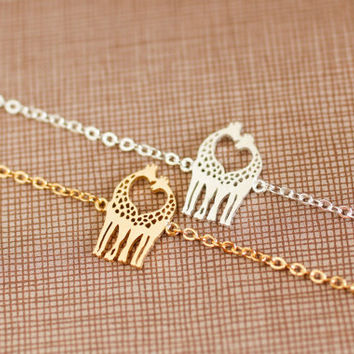 giraffe bracelet. choose your color, gold and silver. love couple, friendship, mom,sister,wife,bridesmaid gift. no3