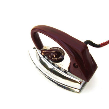 Antique Travel Iron Mini Retro Chrome Clothes Iron Burgundy Bakelite Handle 1940s Electric Travel Iron Red Leather Carry Case