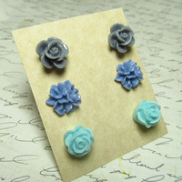 Flower Stud Set Light Blue Cornflower Blue & Gray by EbonFlow