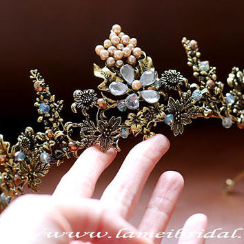 Woodland Princess Nostalgic gold Wedding hair crown , Gold leaf Crown ,Gold bridal Tiara , Baroque crown,Gothic Tiara Evil Queen crown