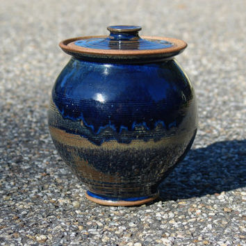 Blue Stoneware Lidded Jar, Cobalt Blue Tan Hand Thrown Glazed Pottery Cookie Ginger Candy Jar, Dog Treat Jar, Stoneware Canister Kitchen Jar