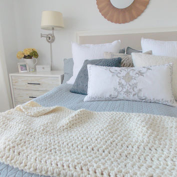 Chunky knit crochet wool lap blanket throw {Ivory} - Ready to Ship
