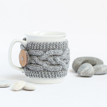 Cup Cozy in Grey Melange, Knitted Mug Cozy, Coffee Cozy, Cup Cozy, Handmade Wooden Button, Coffee Cozy Sleeve, Warmer, Fall, Autumn, Gift