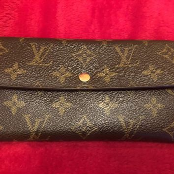 *** Authentic Louis Vuitton Sarah Wallet with FREE BONUS Tory Burch Wallet ***