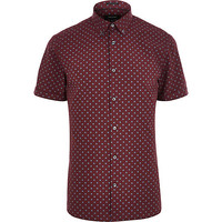 River Island MensRed spotty short sleeve shirt