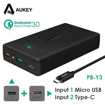 AUKEY 30000mAh Power Bank Quick Charge 3.0 5V/3A Powerbank External Battery Portable Charger for iPhone 8 Xiaomi Samsung S8 LG