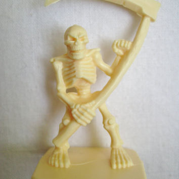 Vintage HeroQuest Game Pieces Lot Replacement Plastic Skeleton with Scythe 4 Figures Used Clean 1990 Milton Bradley