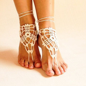Beach crochet barefoot wrap, Victorian lace beach ready footing