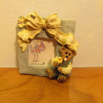 Boyd's Bear figurine number 27315 Stork holding Baby picture frame