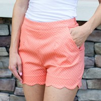 Seeing Spots Scallop Shorts - Coral
