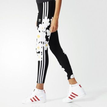 ''adidas''Originals Big Floral Print Three Stripe Leggings