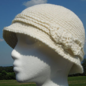 Cream Cloche Crochet Hat Flapper Style with by KeepItUnderYourHat