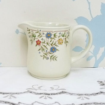 Milk Jug or Creamer, BHS, Country Garland Design, British Home Stores, Sadler Pottery, Made in England, Homewares, Dinnerware, Tableware