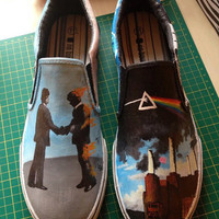 Pink Floyd Custom Painted Shoes by SkitzoCreationShoes on Etsy
