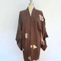 Vintage Kimono / 1950s Brown Floral Print / Peach Flowers / Short Robe / Haori