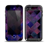 The Dark Purple Highlighted Tile Pattern Skin for the iPod Touch 5th Generation frē LifeProof Case