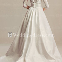 Vintage Wedding Dress with 3/4 Sleeves DE460