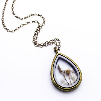 Flowers locket long necklace