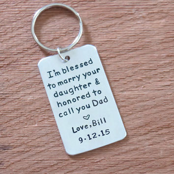 Father of the bride gift from groom - signed wedding gift for father of the bride with wedding date - Father in law wedding gift - keychain