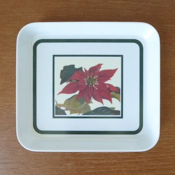 Six Pimpernel poinsettia melamine snack trays