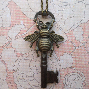 Steampunk Victorian Bee with Antique Skeleton Key Necklace