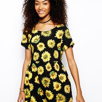 Motel Smock Dress In Sunflower Print - Sunflower