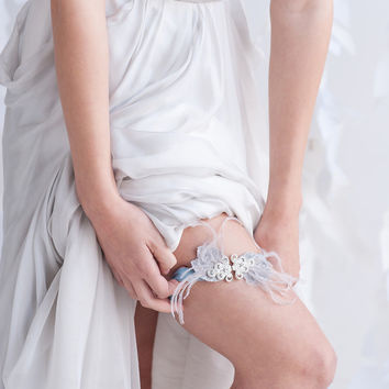 Feather and crystal garter - style 2203