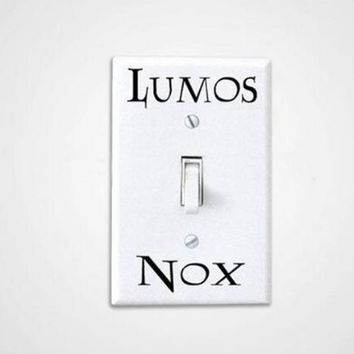 1 Pcs/Set Lumos Nox Light Switch Sticker , Creative Switch Sticker Vinyl Harry Potter free shipping